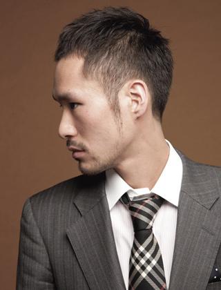 馴染みの良い毛流れがポイントの洗練ベリーショートスタイル